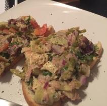Crazy tuna veggie salad
